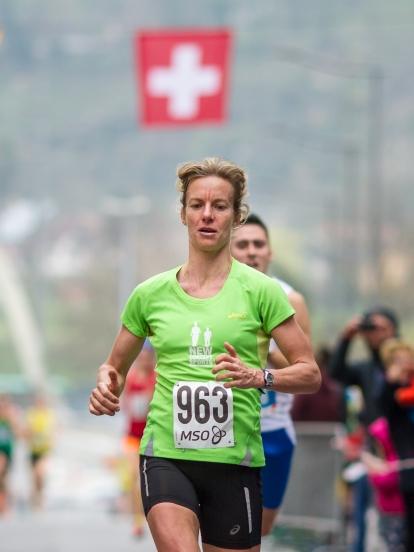Laura Hrebec. Zweite bei den SM 2016 über 10km in St-Maurice.