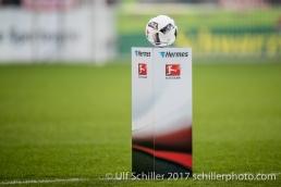 Fussball 1. Bundesliga 20. Spieltag 2016/17: SC Freiburg vs 1. FC Koeln am 12.02.2017 in der Schwarzwald-Stadion, Freiburg, Deutschland