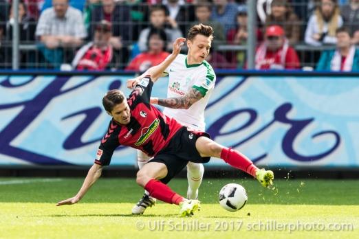 Fussball Bundesliga 26. Spieltag: SC Freiburg vs SV Werder Bremen am 01.04.2017 im Schwarzwaldstadion, Freiburg, Deutschland
