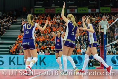 Punkt fuer Volero Zurich im Schweizer Cup Final zwischen Viteos NUC Neuchatel und Volero Zurich; VOLLEYBALL CUP FINAL 2018 am 31 March, 2018 in Fribourg (St. Leonhard-Halle), Schweiz, Photo Credit: Ulf Schiller / freshfocus