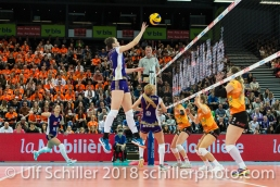 Punkt durch Gabi SCHOTTROFF (Volero Zurich #6) im Schweizer Cup Final zwischen Viteos NUC Neuchatel und Volero Zurich; VOLLEYBALL CUP FINAL 2018 am 31 March, 2018 in Fribourg (St. Leonhard-Halle), Schweiz, Photo Credit: Ulf Schiller / freshfocus