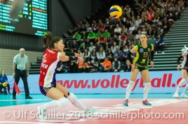 Abwehr durch Laura UNTERNAEHRER (Volero Zurich #17) im Schweizer Cup Final zwischen Viteos NUC Neuchatel und Volero Zurich; VOLLEYBALL CUP FINAL 2018 am 31 March, 2018 in Fribourg (St. Leonhard-Halle), Schweiz, Photo Credit: Ulf Schiller / freshfocus