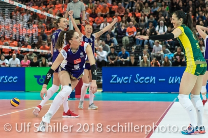 Punkt durch Laura UNTERNAEHRER (Volero Zurich #17) im Schweizer Cup Final zwischen Viteos NUC Neuchatel und Volero Zurich; VOLLEYBALL CUP FINAL 2018 am 31 March, 2018 in Fribourg (St. Leonhard-Halle), Schweiz, Photo Credit: Ulf Schiller / freshfocus