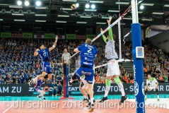 Angriff durch Nehemiah Mote (Volley Amriswil #12) im Schweizer Cup Final zwischen Biogas Volley Naefels und Volley Amriswil; VOLLEYBALL CUP FINAL 2018 am 31 March, 2018 in Fribourg (St. Leonhard-Halle), Schweiz, Photo Credit: Ulf Schiller / freshfocus