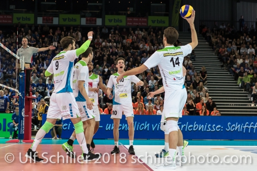 Punkt fuer Biogas Volley Naefels im Schweizer Cup Final zwischen Biogas Volley Naefels und Volley Amriswil; VOLLEYBALL CUP FINAL 2018 am 31 March, 2018 in Fribourg (St. Leonhard-Halle), Schweiz, Photo Credit: Ulf Schiller / freshfocus