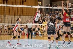 Angriff von Courtney FELINSKI (TS Volley Duedingen #6); Volleyball, NLA 2017/18,, Spiel 2 um Platz 3:, TS Volley Duedingen vs Kanti Schaffhausen am 18 April, 2018 in Duedingen (Sportzentrum Leimacker), Schweiz, Photo Credit: Ulf Schiller