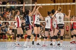 Jubel bei TS Volley Duedingen Powercats, v.l. Pamela GFELLER (TS Volley Duedingen #11), Thays DEPRATI (TS Volley Duedingen #5), Kerley BECKER (TS Volley Duedingen #2), Zora WIDMER (TS Volley Duedingen #4), Danielle HARBIN (TS Volley Duedingen #3), Courtney FELINSKI (TS Volley Duedingen #6); Volleyball, NLA 2017/18,, Spiel 2 um Platz 3:, TS Volley Duedingen vs Kanti Schaffhausen am 18 April, 2018 in Duedingen (Sportzentrum Leimacker), Schweiz, Photo Credit: Ulf Schiller / FRESHFOCUS