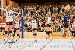 Jubel bei TS Volley Duedingen Powercats v.l. Mona ROTTARIS (TS Volley Duedingen #14), Francine MARX (TS Volley Duedingen #7), Kristel MARBACH (TS Volley Duedingen #9 C), Courtney FELINSKI (TS Volley Duedingen #6), Flavia KNUTTI (TS Volley Duedingen #16); Volleyball, NLA 2017/18,, Spiel 2 um Platz 3:, TS Volley Duedingen vs Kanti Schaffhausen am 18 April, 2018 in Duedingen (Sportzentrum Leimacker), Schweiz, Photo Credit: Ulf Schiller / FRESHFOCUS