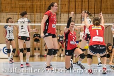 Jubel bei Korina Perkovac (VC Kanti Schaffhausen #2); Volleyball, NLA 2017/18,, Spiel 2 um Platz 3:, TS Volley Duedingen vs Kanti Schaffhausen am 18 April, 2018 in Duedingen (Sportzentrum Leimacker), Schweiz, Photo Credit: Ulf Schiller