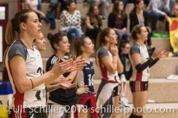 Unterstuetzung von aussen bei TS Volley Duedingen Powercats; Volleyball, NLA 2017/18,, Spiel 2 um Platz 3:, TS Volley Duedingen vs Kanti Schaffhausen am 18 April, 2018 in Duedingen (Sportzentrum Leimacker), Schweiz, Photo Credit: Ulf Schiller