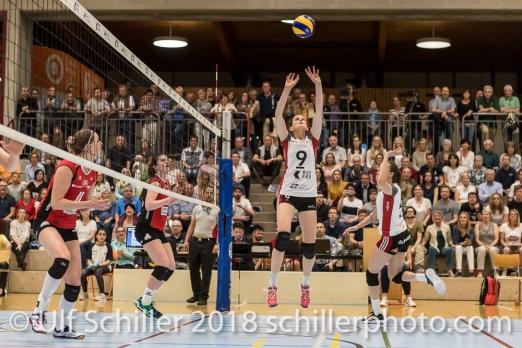 Kristel MARBACH (TS Volley Duedingen #9 C); Volleyball, NLA 2017/18,, Spiel 2 um Platz 3:, TS Volley Duedingen vs Kanti Schaffhausen am 18 April, 2018 in Duedingen (Sportzentrum Leimacker), Schweiz, Photo Credit: Ulf Schiller