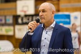 Werner Augsburger , Praesident Swiss Volley; Volleyball, NLA 2017/18,, Spiel 2 um Platz 3:, TS Volley Duedingen vs Kanti Schaffhausen am 18 April, 2018 in Duedingen (Sportzentrum Leimacker), Schweiz, Photo Credit: Ulf Schiller / FRESHFOCUS