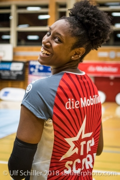 Danielle Harbin (Volley Duedingen #3) in the Mobiliar Top Scorer Jersey Volleyball NLA 2018-2019 TS Volley Duedingen vs Viteos NUC am 17.10.18 im Sportzentrum Leimacker in Duedingen (Schweiz).