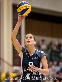 Kristel Marbach (Volley Duedingen #9) Volleyball NLA 2018-2019 TS Volley Duedingen vs Viteos NUC am 17.10.18 im Sportzentrum Leimacker in Duedingen (Schweiz).