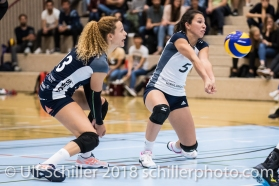 Thays Deprati (Volley Duedingen #5) und Ines Granvorka (Volley Duedingen #13) Volleyball NLA 2018-2019 TS Volley Duedingen vs Viteos NUC am 17.10.18 im Sportzentrum Leimacker in Duedingen (Schweiz).