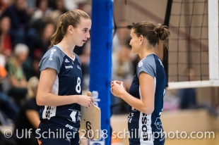 Samira Sulser (Volley Duedingen #8) and Kristel Marbach (Volley Duedingen #9) Volleyball NLA 2018-2019 TS Volley Duedingen vs Viteos NUC am 17.10.18 im Sportzentrum Leimacker in Duedingen (Schweiz).