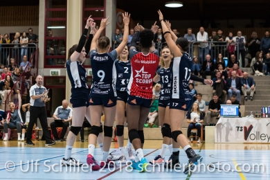 /Point for Volley Duedingen Volleyball NLA 2018-2019 TS Volley Duedingen vs Viteos NUC am 17.10.18 im Sportzentrum Leimacker in Duedingen (Schweiz).