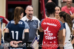 Dario Bettello (Volley Duedingen, Headcoach) Volleyball NLA 2018-2019 TS Volley Duedingen vs Viteos NUC am 17.10.18 im Sportzentrum Leimacker in Duedingen (Schweiz).