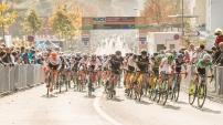 Start of the women's elite race UCI Cyclo-Cross Weltcup Bern 2018 am 21.10.18 im Weyermannshus in Bern (Schweiz).