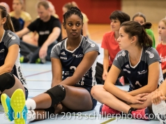 It's getting a little boring ;) Even for these girls :-D Volleyball Preseason 2018-19 Testmatch am 06.10.18 im Sportzentrum Leimacker in Duedingen (Schweiz).