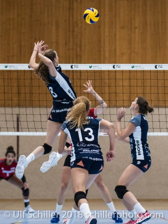 /D8/ Volleyball Preseason 2018-19 Testmatch am 06.10.18 im Sportzentrum Leimacker in Duedingen (Schweiz).