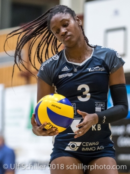 Danielle Harbin (Volley Duedingen #3) Volleyball Preseason 2018-19 Testmatch am 06.10.18 im Sportzentrum Leimacker in Duedingen (Schweiz).