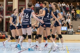 Jubel bei Volley Duedingen Volleyball Preseason 2018-19 Testmatch am 06.10.18 im Sportzentrum Leimacker in Duedingen (Schweiz).