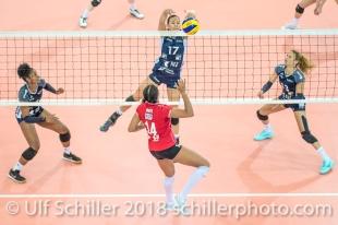 Sabel Moffett (Volley Duedingen #17) blocks WHITE Jazmine (Fatum NYIREGYHAZA, #14) 2-429 TS Volley DUEDINGEN vs Fatum NYIREGYHAZA (CEV Cup 1/16th final) on November 28, 2018 at Salle St Leonard in FRIBOURG (Switzerland).