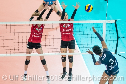 Danielle Harbin (Volley Duedingen #3) against block by KALICANIN Sanja (Fatum NYIREGYHAZA, #16) and BRISEBOIS Danielle (Fatum NYIREGYHAZA, #2) 2-429 TS Volley DUEDINGEN vs Fatum NYIREGYHAZA (CEV Cup 1/16th final) on November 28, 2018 at Salle St Leonard in FRIBOURG (Switzerland).