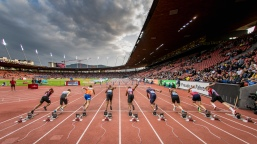 Start 110m Huerden: vlnr: mit Sales Inglin (SUI), Jason Joseph (SUI), Stefan Volzer (GER), Finley Gaio (SUI) Leichtathletik Weltklasse Zuerich, 2018 am 30.08.18 Stadion Letzigrund in Zuerich (Schweiz).