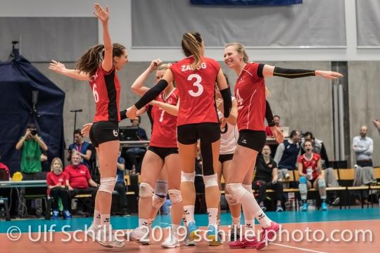 Punkt fuer die Schweiz / Suisse Volleyball European Championship Qualification Women Switzerland vs Austria on January 9, 2019 at Betoncoupe Arena in Schoenenwerd (Switzerland).