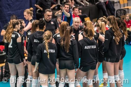 Auszeit Oesterreich / Austria Volleyball European Championship Qualification Women Switzerland vs Austria on January 9, 2019 at Betoncoupe Arena in Schoenenwerd (Switzerland).