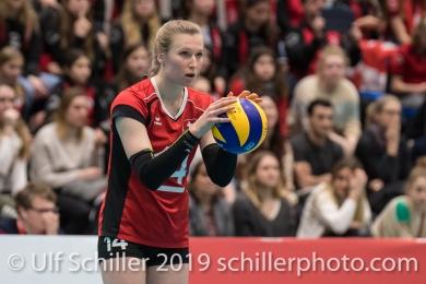 Aufschlag von KUENZLER Laura (Suisse, #14) Volleyball European Championship Qualification Women Switzerland vs Austria on January 9, 2019 at Betoncoupe Arena in Schoenenwerd (Switzerland).