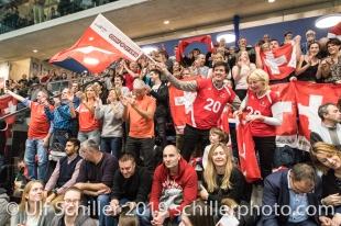Jubel bei den Schweizer Fans nach der Qualifikation fuer die Europameisterschaft Volleyball European Championship Qualification Women Switzerland vs Austria on January 9, 2019 at Betoncoupe Arena in Schoenenwerd (Switzerland).