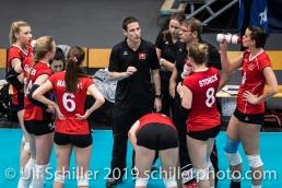 Auszeit Schweiz / Suisse mit Timo Lippuner (Suisse, Headcoach) Volleyball European Championship Qualification Women Switzerland vs Austria on January 9, 2019 at Betoncoupe Arena in Schoenenwerd (Switzerland).