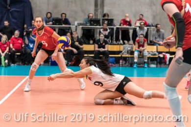 Abwehr durch DEPRATI Thays (Suisse, #19) Volleyball European Championship Qualification Women Switzerland vs Austria on January 9, 2019 at Betoncoupe Arena in Schoenenwerd (Switzerland).