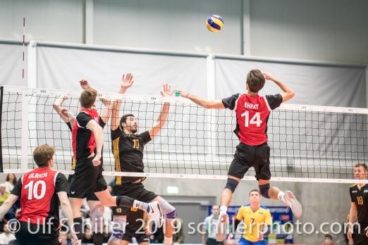 Angriff von EHRAT Samuel (Suisse, #14) Volleyball European Championship Qualification Men Switzerland vs Ukraine on January 9, 2019 at Betoncoupe Arena in Schoenenwerd (Switzerland).