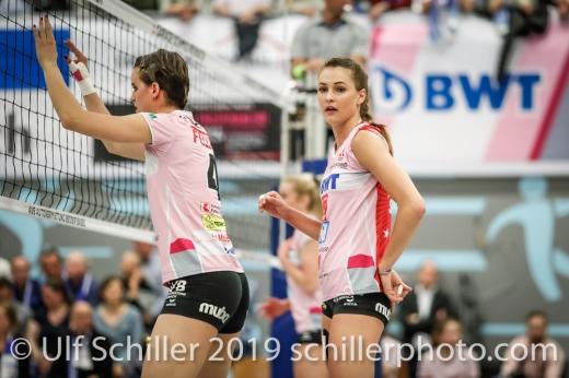 Gabi Schottroff (Sm'Aesch Pfeffingen #4) und Dora Grozer (Sm'Aesch Pfeffingen #9); Volleyball NLA 2018-19 Playoffs Final Game 1 Sm'Aesch Pfeffingen vs NUC UC on April, 11, 2019 in Aesch (Switzerland).