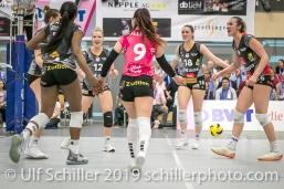 Jubel bei Viteos NUC nach Punktgewinn; Volleyball NLA 2018-19 Playoffs Final Game 1 Sm'Aesch Pfeffingen vs NUC UC on April, 11, 2019 in Aesch (Switzerland).