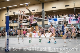 Angriff durch Livia Zaugg (Sm'Aesch Pfeffingen #3); Volleyball NLA 2018-19 Playoffs Final Game 1 Sm'Aesch Pfeffingen vs NUC UC on April, 11, 2019 in Aesch (Switzerland).
