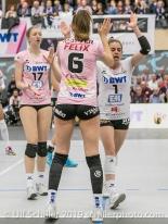 Madlaina Matter (Sm'Aesch Pfeffingen #6) und Kristen Tupac (Sm'Aesch Pfeffingen #1) Volleyball NLA 2018-19 Playoffs Final Game 1 Sm'Aesch Pfeffingen vs NUC UC on April, 11, 2019 in Aesch (Switzerland).