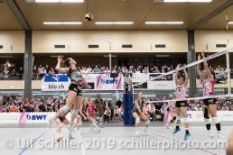 Angriff durch Martenne Bettendorf (Viteos NUC #18); Volleyball NLA 2018-19 Playoffs Final Game 1 Sm'Aesch Pfeffingen vs NUC UC on April, 11, 2019 in Aesch (Switzerland).